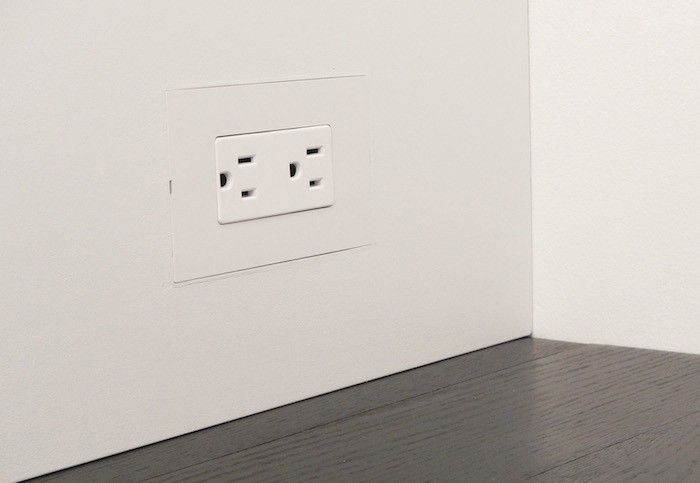 Remodeling 101 The Surprising Appeal Of Flush Electrical Outlets Remodelista Remodel Electrical Outlets Wall Outlets