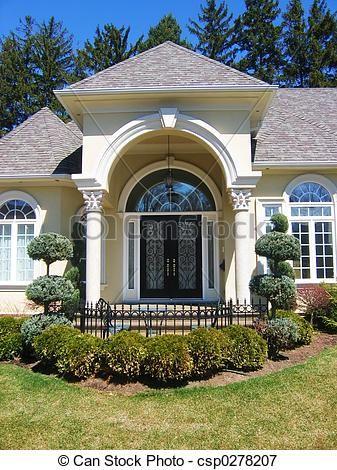 Beautiful House Entrances Front Door Entrance To Beautiful House Home With Pillars House Entrance Best Front Doors Front Door