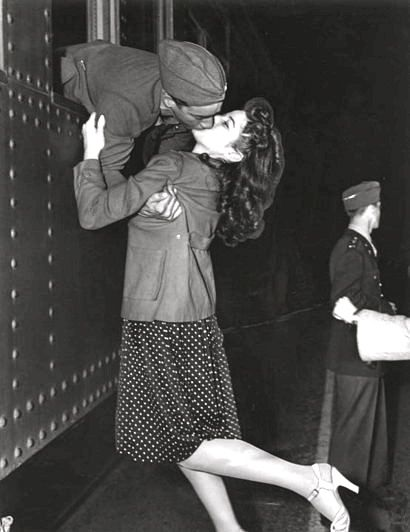 Kiss Me Vintage Photos Vintage Love Military Love