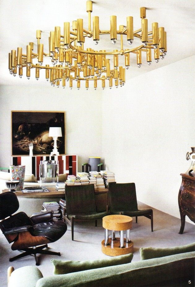 Room Decor Ideas - How to Create a Luxury Ambiance with Gold Chandelies- from: http://roomdecorideas.eu/dining-rooms/how-to-create-a-luxury-ambiance-with-gold-chandeliers/
