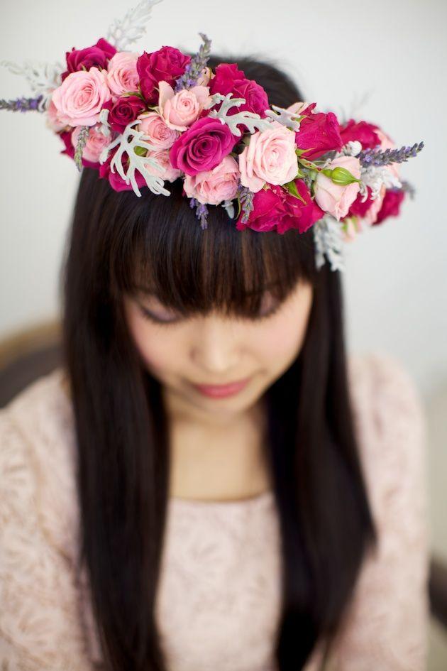 Wild Roses And Lavender DIY Floral Crown Tutorial   Bridal Musings / flower wreath / flower crow / wedding / mariage / coiffure fleurie / couronne de fleurs