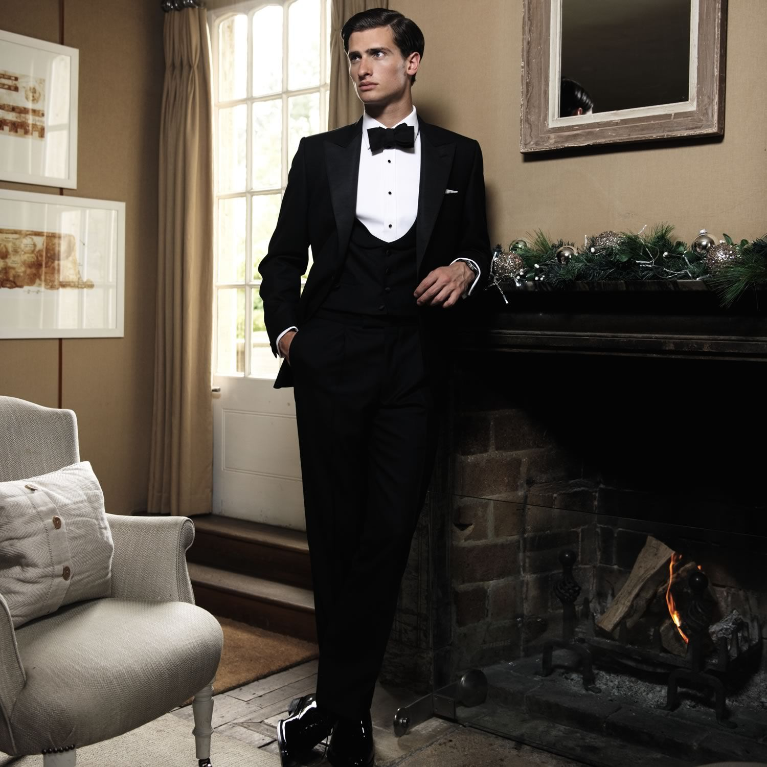 Dinner suit | Men's occasion suits from Charles Tyrwhitt ...