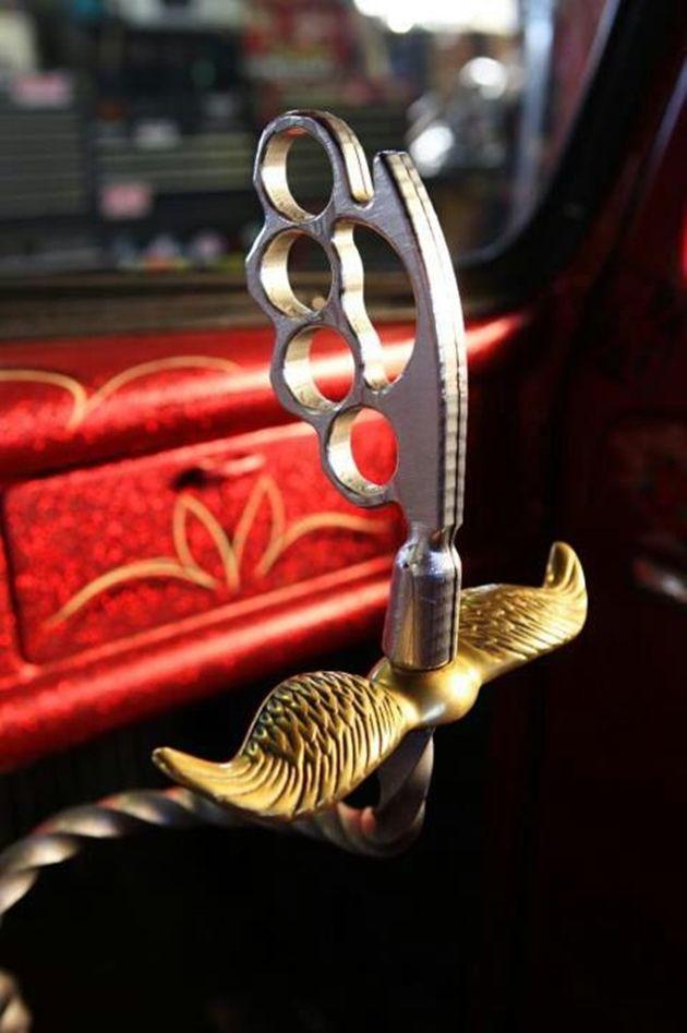 Brass knuckle shifter