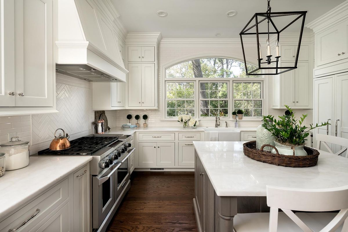 Small Kitchen Layout Inspiration Love The Big Window Over This Kitchen Sink And The Square I Kitchen Layout Inspiration Interior Design Kitchen Kitchen Design
