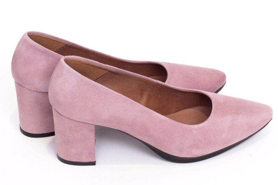 Zapato salón mujer tacón mediano color rosa palo burdeos