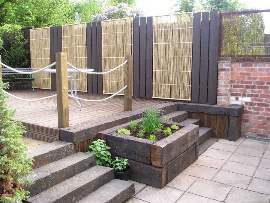 another garden that i like using sleepers railway tiesdecking ideasplanter