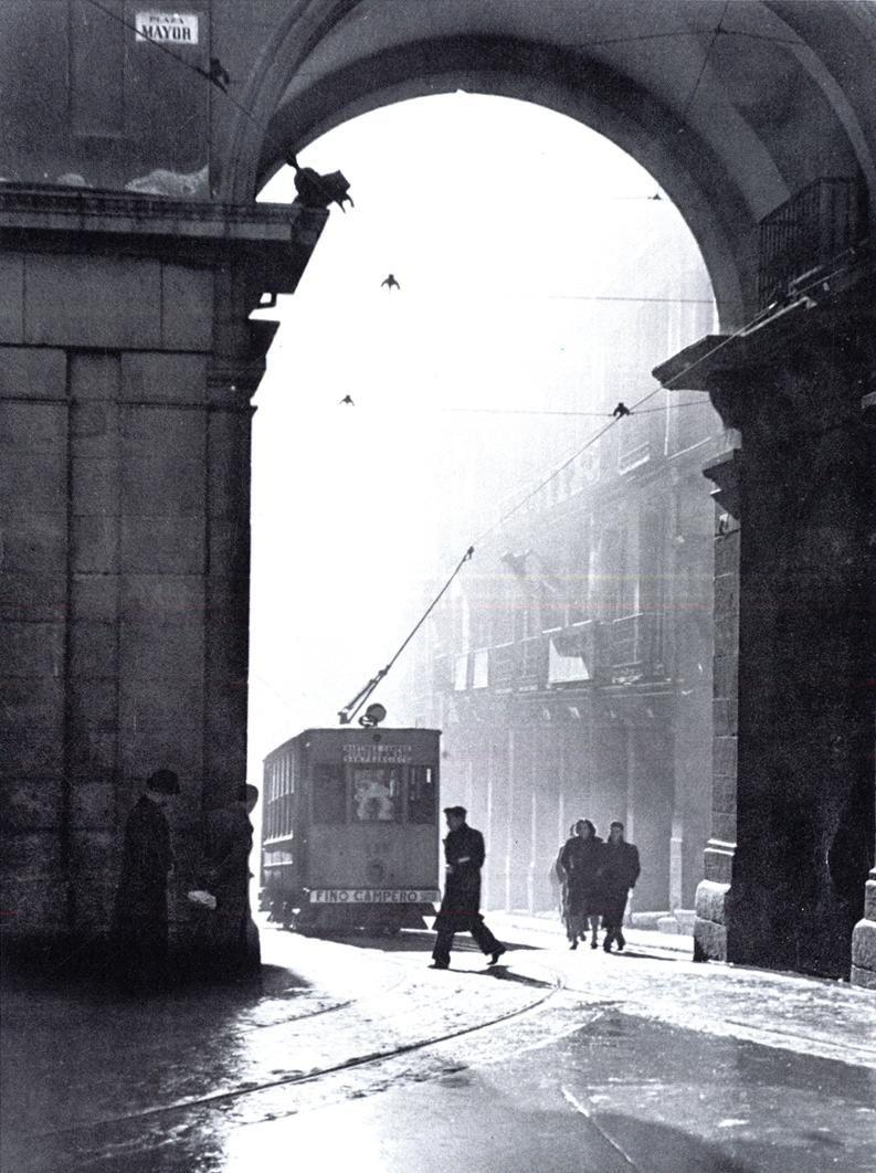 Tranvía en la calle Toledo, Madrid,1945