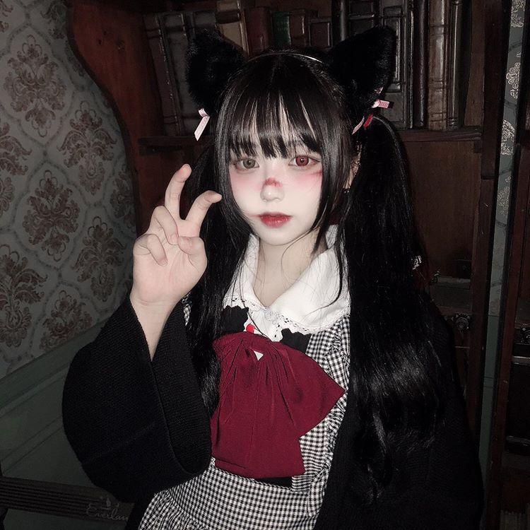 ปักพินในบอร์ด girl kawaii cosplay loli