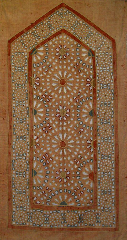 Antique Indian Textile Cotton Applique Panel From A Tent 1800 1900 A D Indian Textiles Antique Textiles Wall Hanging Designs