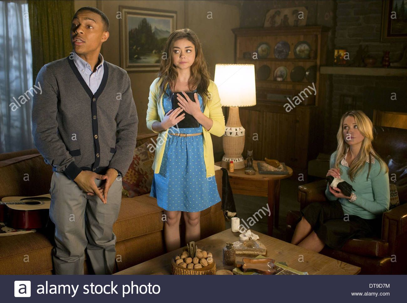 Download This Stock Image Bow Wow Sarah Hyland Katrina Bowden Scary Movie 5 2013 Dt9d7m From Alamy S Library O Scary Movie 5 Sarah Hyland Katrina Bowden