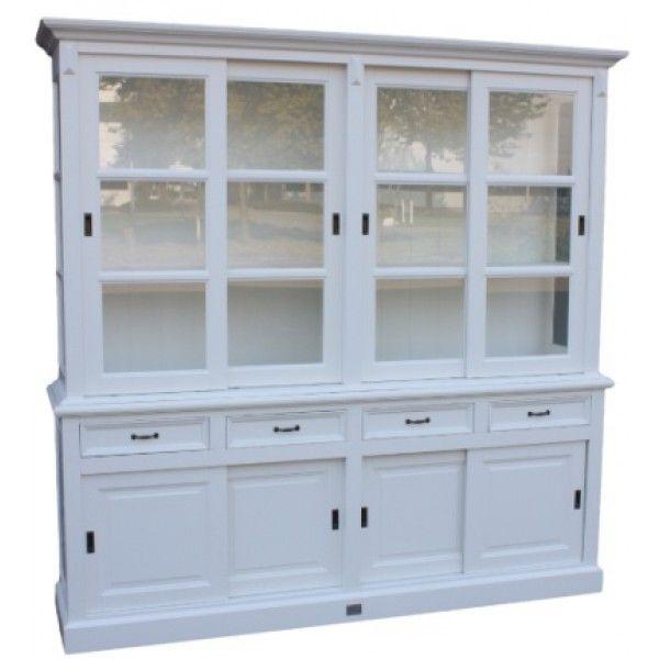 Landlelijke Buffetkast Emmeloord 220cm breed in de kleur wit aan de buitenkant en de binnenkant in het wit. Mooie details en grote brede laden