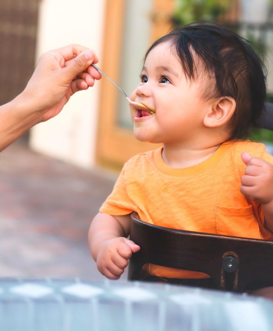 Feeding Littles