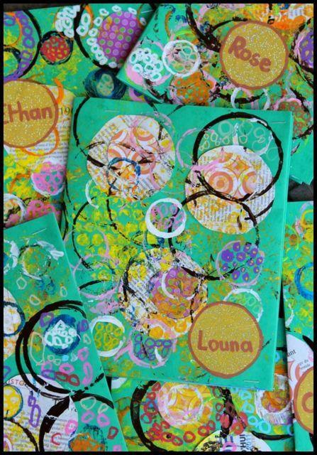 Empreintes La Gazette De Petronille L Art Prescolaire Art De Cercle Couvertures De Cahier