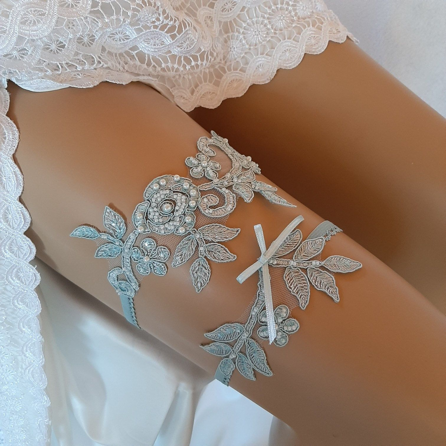 SALE Wedding Toss Garter White Lace Navy Bow with Pearl /& Rhinestone