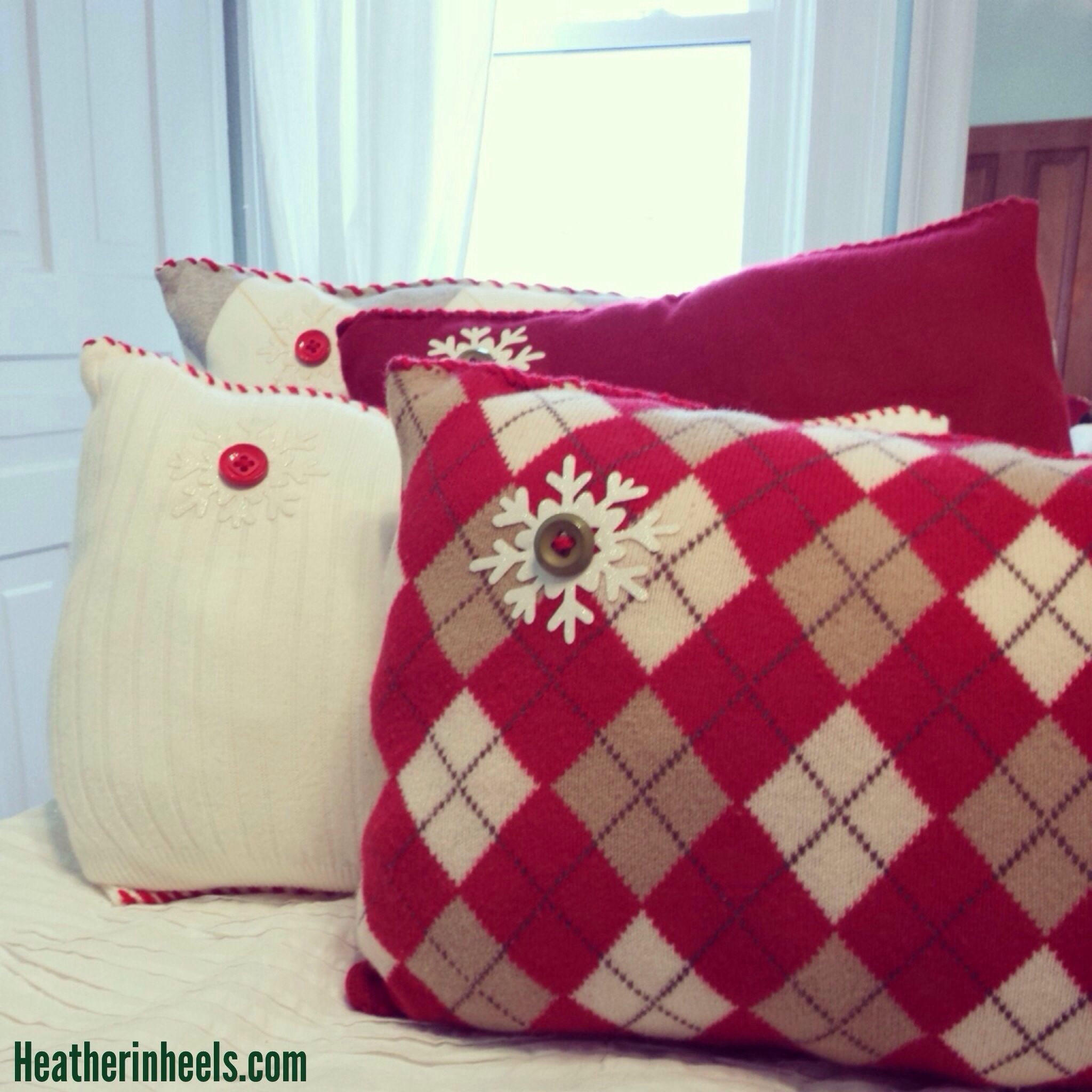 Easy Holiday Pillows Up Cycling Old Sweaters Heather In Heels Pillows Holiday Pillows Christmas Pillows