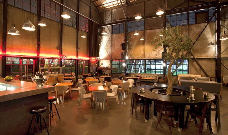 Rustic grungy vintage industrial cafe interior design the good