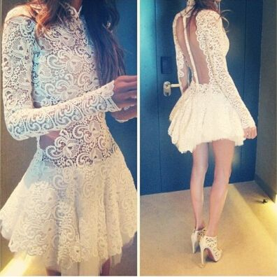 Slim Lace Long-Sleeved Dress