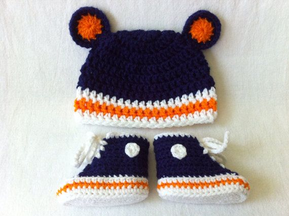 0-3 months, 3-6 months New Crochet Chicago Bears Baby Hat and Booties
