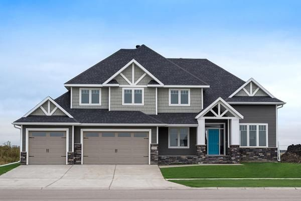 """We love our """"Annabel Delux""""! This beautiful home was built in Fargo, ND by Monarch Homes. For more home designs and ideas check out: www.monarchhomesfm.com"""