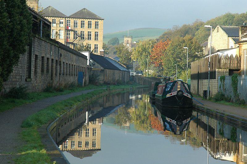 Huddersfield Narrow Canal at Slaithwaite