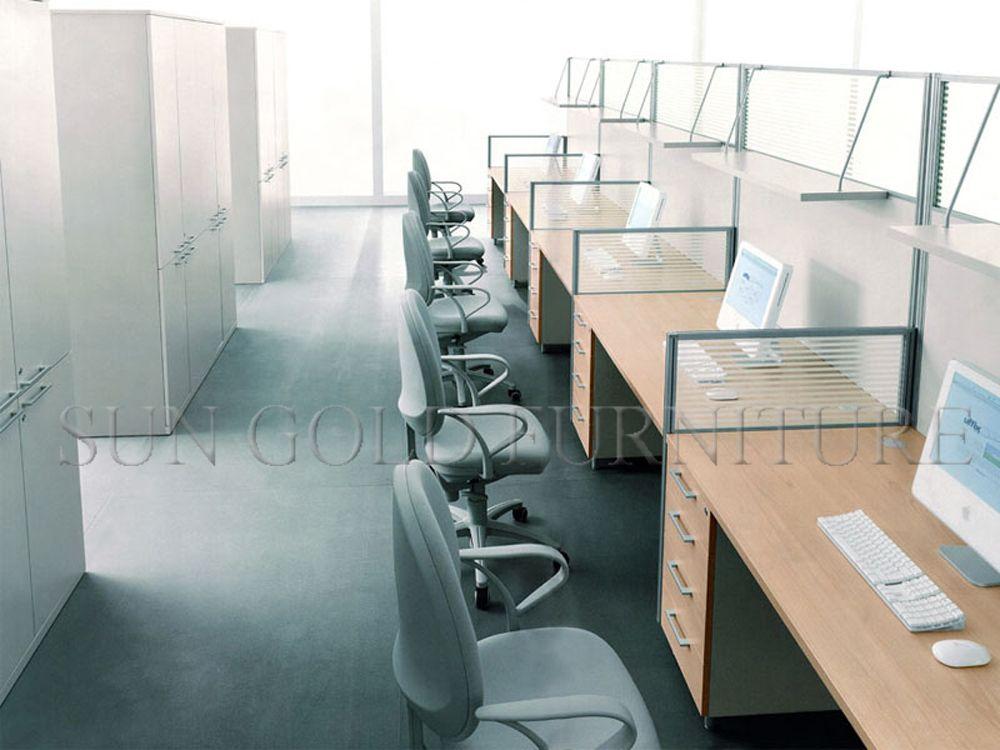 Cubiculos de oficina buscar con google sala de ventas for Cubiculos de oficina