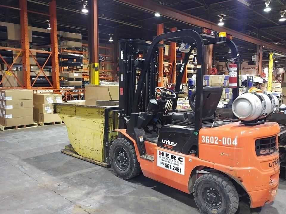 Herc heavy equipment carries also forklifts with 5000 lbs