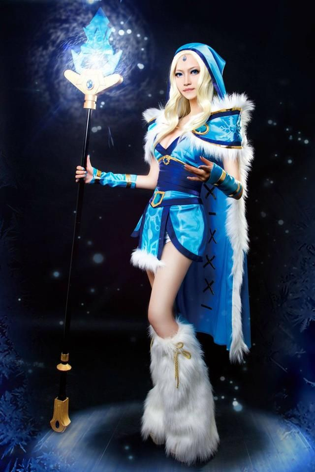 Crystal Maiden Cosplay Dota