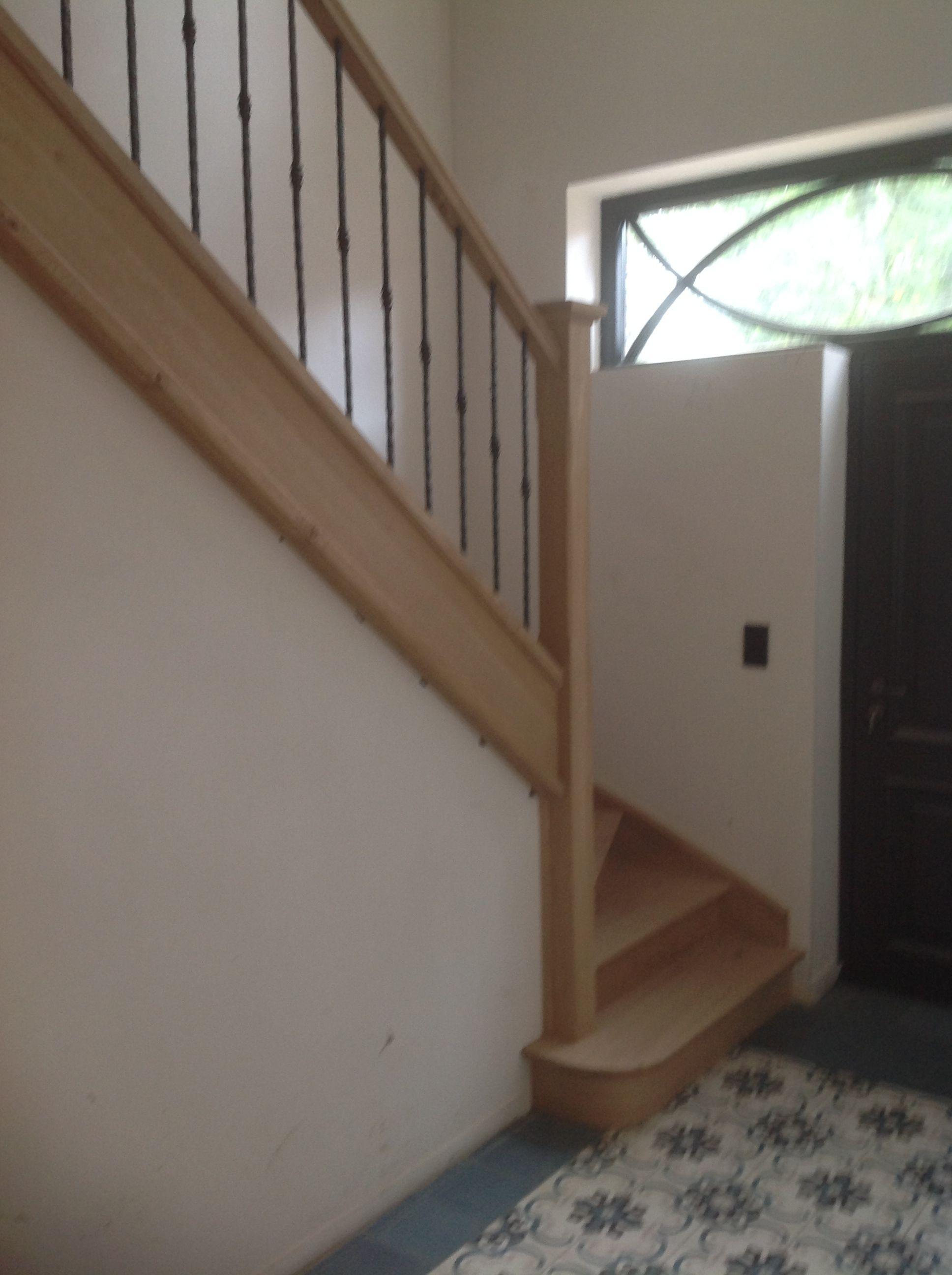 Houten trap over betonnen trap geplaatst betonnen trappen pinterest - Redo houten trap ...