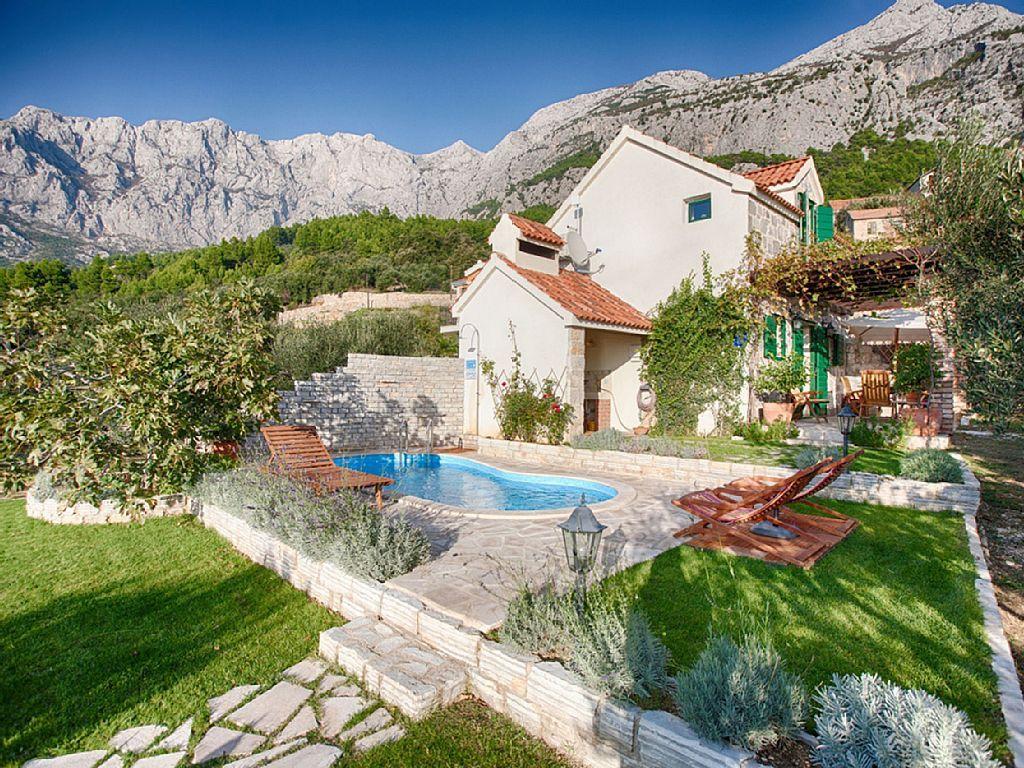 Ferienhaus Elly mit Pool an der Makarska 1 Schlafzimmer