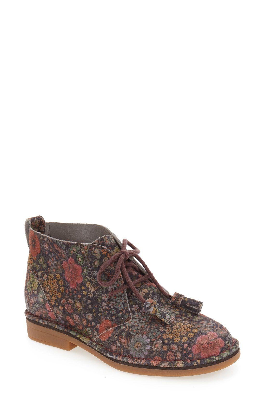 Hush Puppies® Cyra Catelyn Chukka Boot (Women Boots