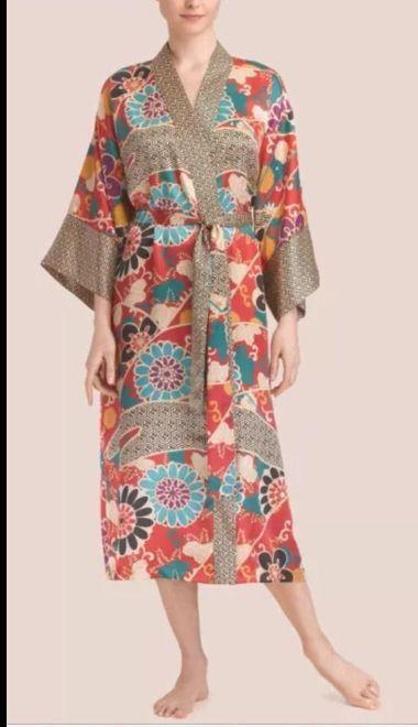 d4dfcbe18d NWT N Natori Brocade Red Floral Charmeuse Wrap Robe Lounger SM 6-8  Natori   Robes