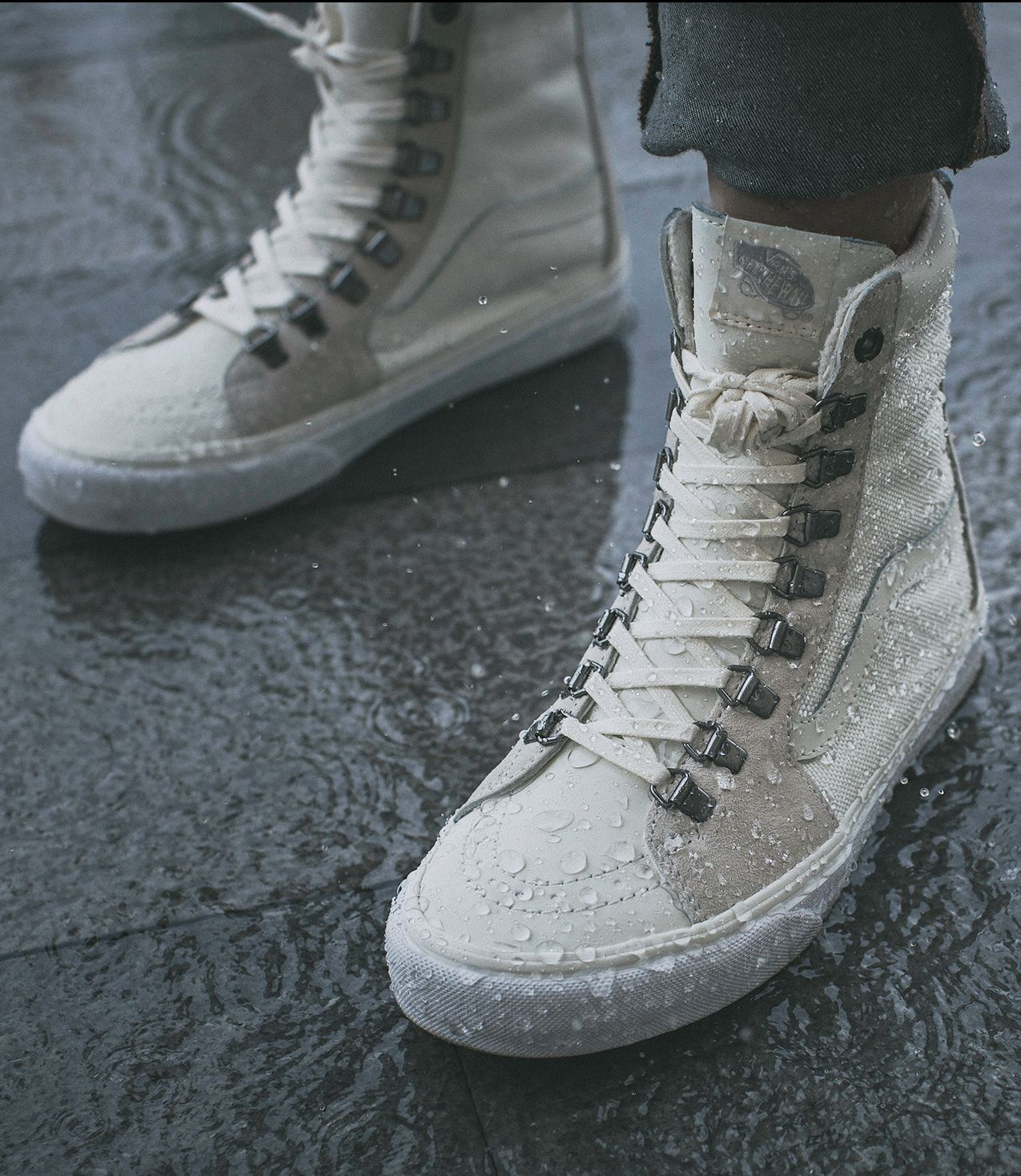 7d9f5b3b78fc19 Rain and snow have nothing on us. Shop the Ballistic Mix Super Sk8-Hi Zip  MTE