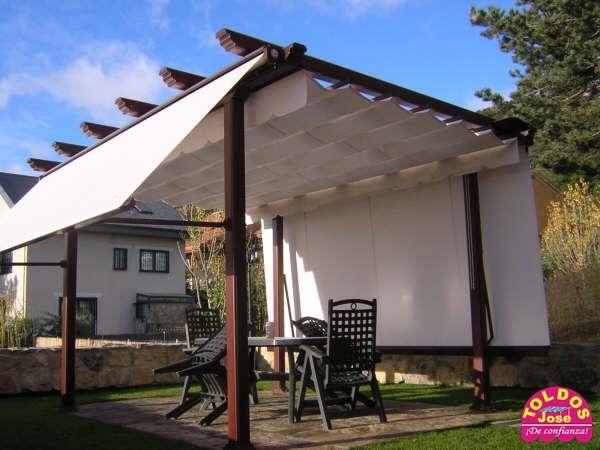 Toldos pakaver terrazas pinterest terrazas p rgolas for Toldos para patios pequenos