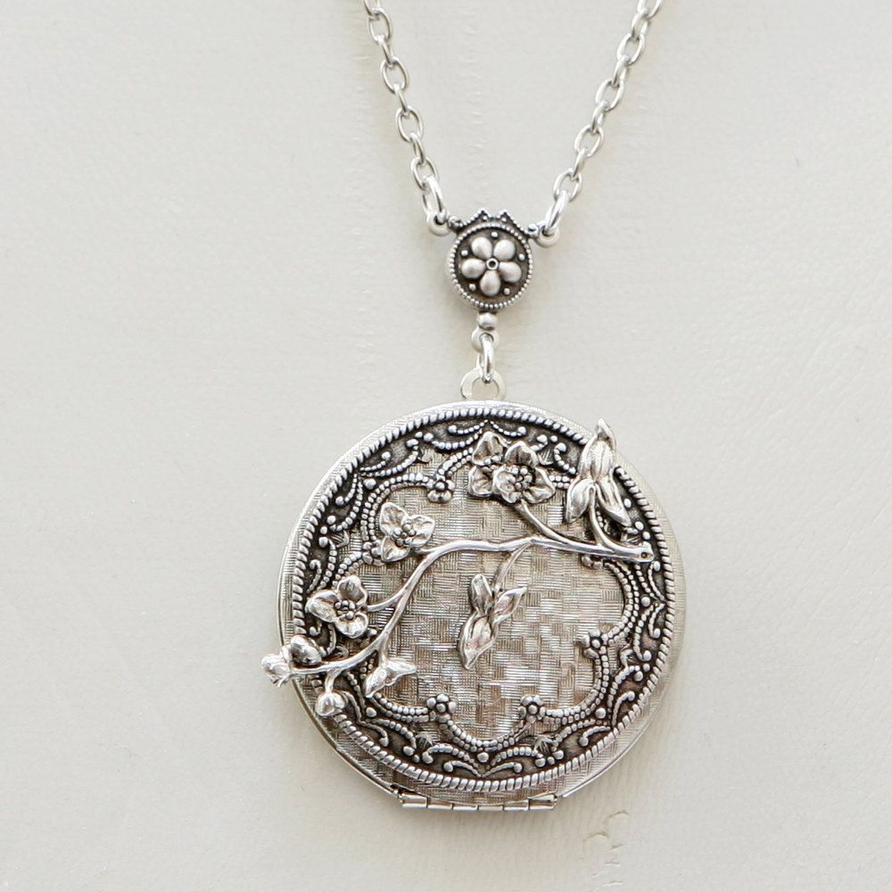 silver lockets antique niello patterned vintage img locket