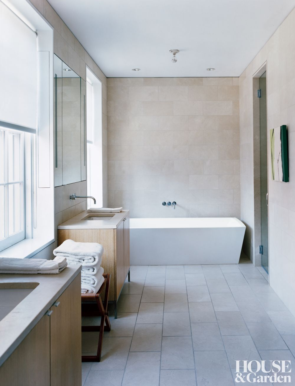 Modern Bathroom and Steven Harris Architects In New York New York