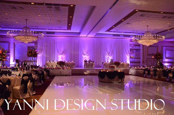Wedding Flowers and Decorations Head tables, Backdrops and Weddings