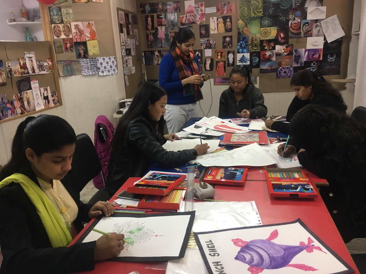 Your Ideas And Creativity Is Well Taken Care Of At Dreamzone Dehradun Where The Well Knit And Up To Date Team Is Going Fashion Designing Course Fashion Design