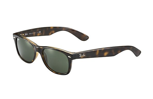 Look Who S Looking At This New Ray Ban New Wayfarer Classic New Wayfarer Ray Bans Rayban Wayfarer