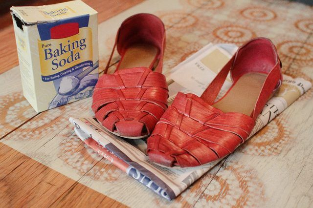 b7a919646a364bafa5c702471a28f11f - How To Get Rid Of Gasoline Smell From Shoes