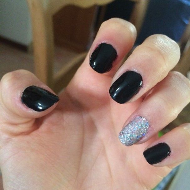 There is 0 tip to buy this nail polish: nail art paillettes black  nailpolish black nails black ed polishes strass cute girly top. - Black & Silver Nails Cute Nails Pinterest Black Silver Nails