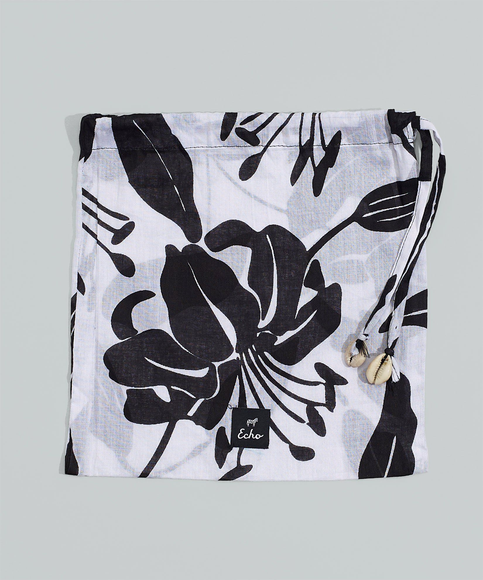 Bi-Color Lily Pareo Wrap-In-A-Bag | Echo New York