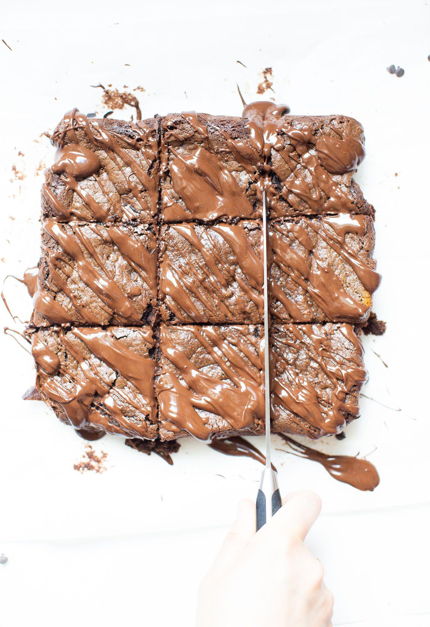 Fudgy Tahini Brownies | Rezept