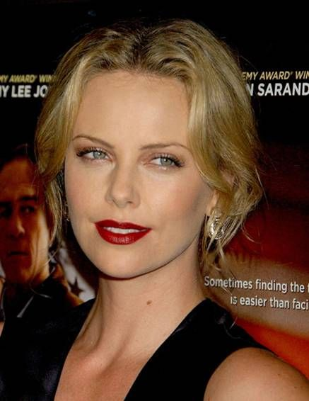 Old Hollywood Makeup Look TIPS FROM A PRO TO PERFECT CLASSIC REDLLIP By Lucky