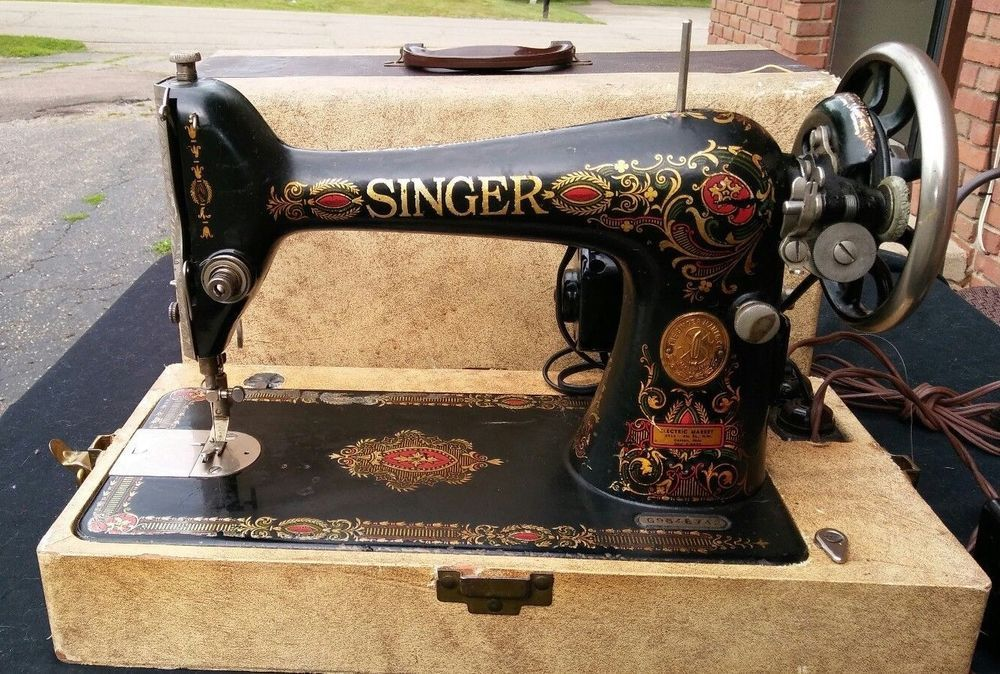 SINGER Vintage Antique 40 RED EYE SEWING MACHINE Ornate Model Unique Red Eye Singer Sewing Machine
