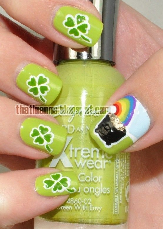 St. Patrick's Day Irish shamrock nails, DIY St. Patrick's Day Nail Design, - St. Patrick's Day Irish Shamrock Nails, DIY St. Patrick's Day Nail
