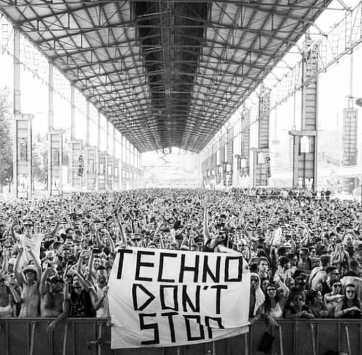 Pin by Anja Mini on Music & podcasts covers in 2019   Techno