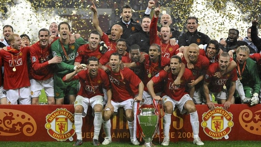 Pin By Mufc Programmes On Man Utd Celebrating Uefa Champions League Manchester United Champions League
