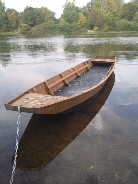 loire menuiserie le cul carr c 39 est une barque fond plat de 6 11 m tres parfaitement. Black Bedroom Furniture Sets. Home Design Ideas