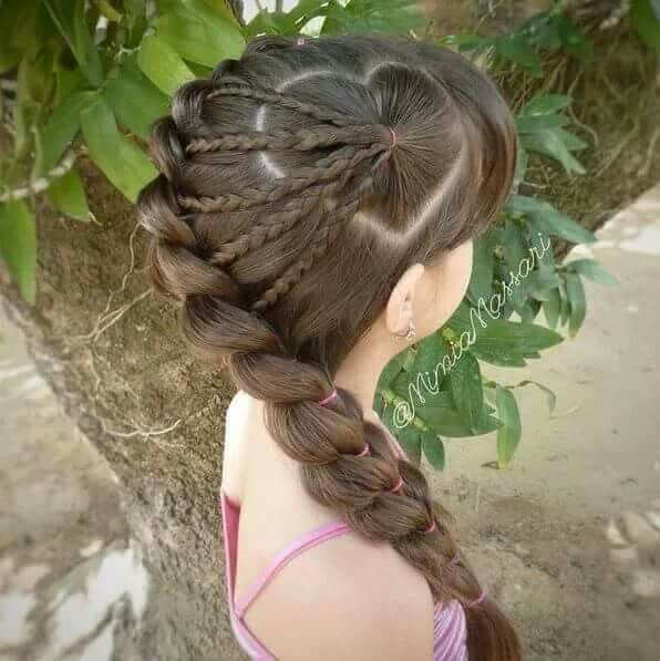 Corazon De Lado Con Trenzas Peinado Hair Styles Hair Y Stylish Hair