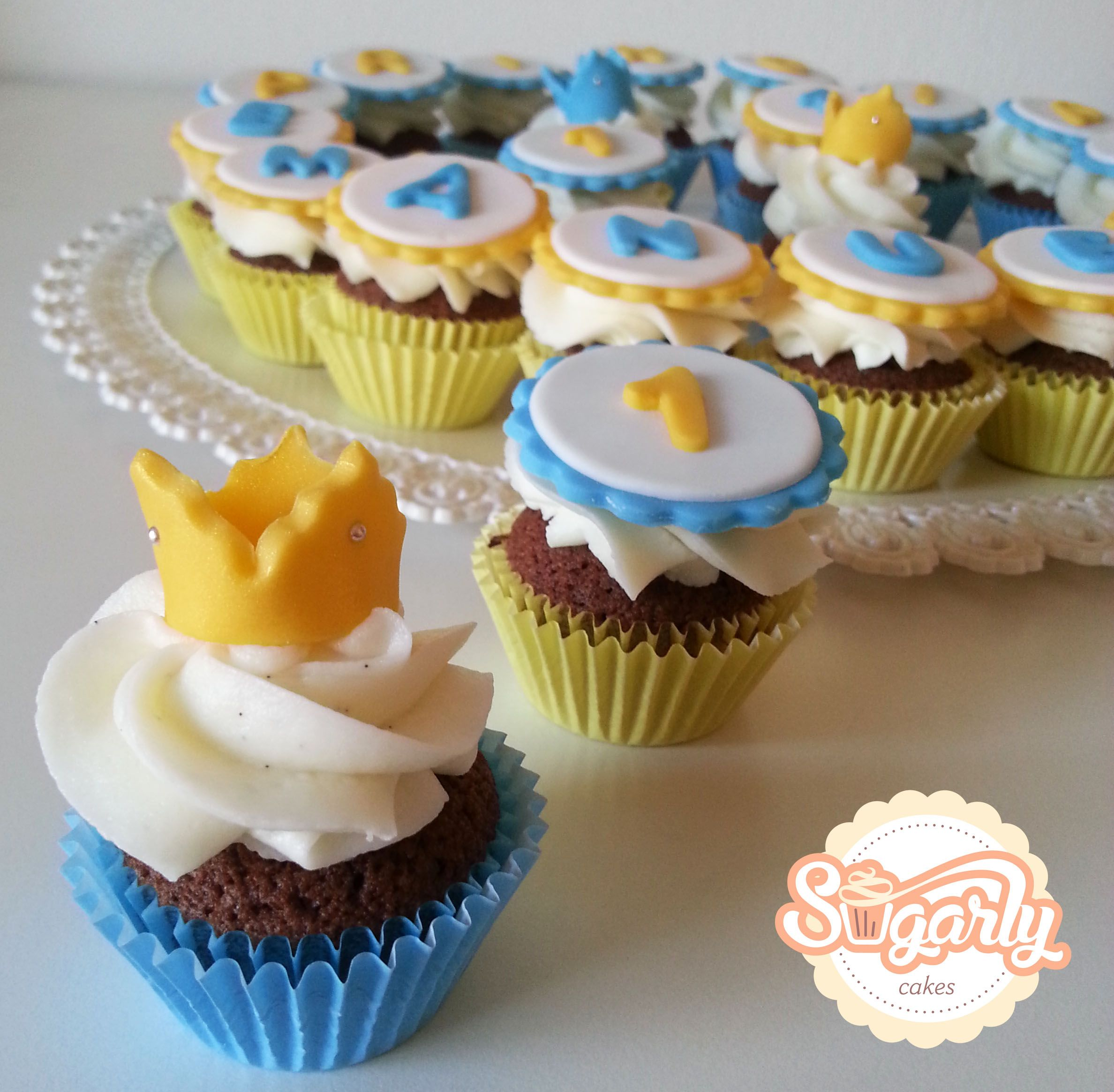 Mini cupcakes for a little prince